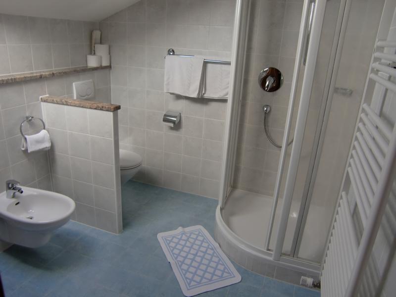 pensione trushof gomagoi s dtirol. Black Bedroom Furniture Sets. Home Design Ideas